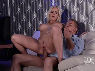 Cindy dollar analsex bei saboom
